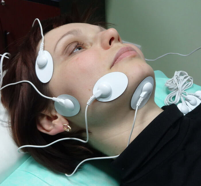 Аппарат для миостимуляции лица АЭСТ-01. фото 2